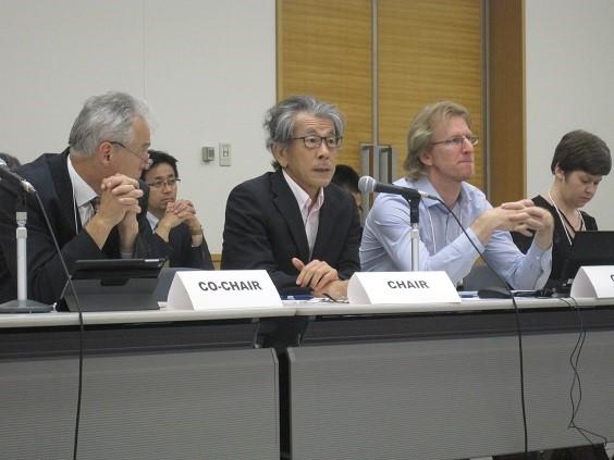 (写真1)GRA理事会で議長を務める岩永理事長