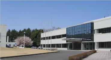 国際研究本館玄関