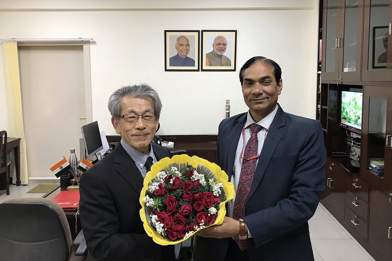 ICARのDGを訪問した岩永理事長(2019年2月8日)